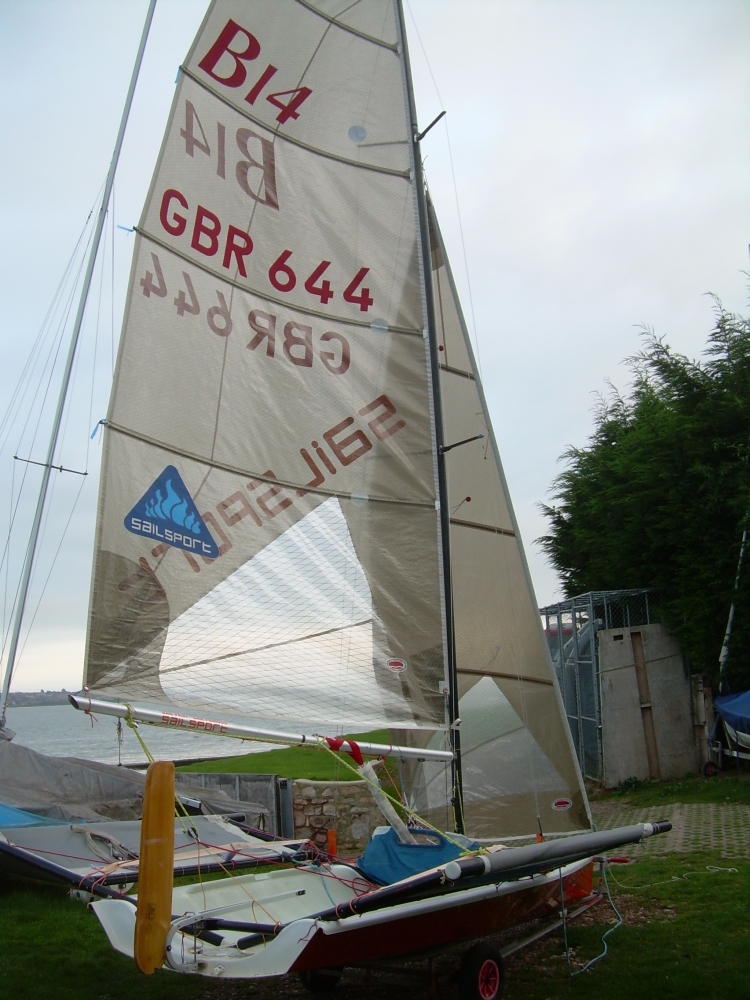 B14 - 644 - Team SailSport 011